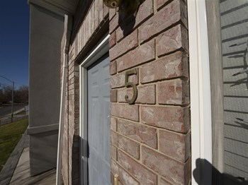 677 East 300 North #5 3 Beds Townhouse for Rent Photo Gallery 1