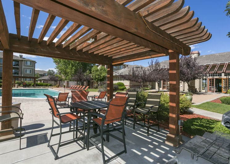 BBQ and Picnic Area at Cherrywood Village Apartments, Parker, CO,80134