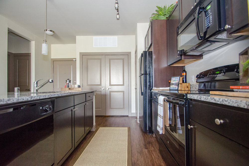 Large kitchen with great storage