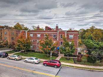420-424 Riddle Road Studio-1 Bed Apartment for Rent Photo Gallery 1