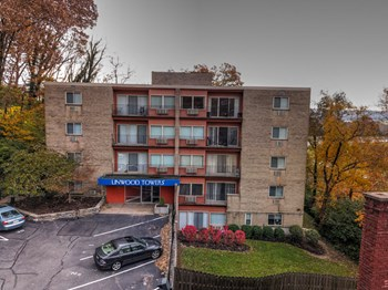 3600-3602 Linwood Avenue 1-3 Beds Apartment for Rent Photo Gallery 1