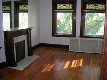 3010-3012 Burnet Avenue Studio-1 Bed Apartment for Rent Photo Gallery 1