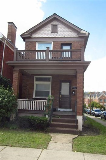 2927 Bellevue Avenue 3 Beds House for Rent Photo Gallery 1