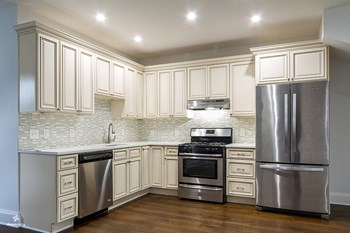 19 Waverly Street 3 Beds House for Rent Photo Gallery 1