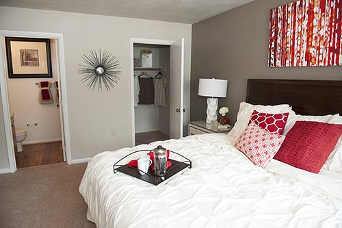 Spacious Bedrooms at Sterling Beaufont Apartments
