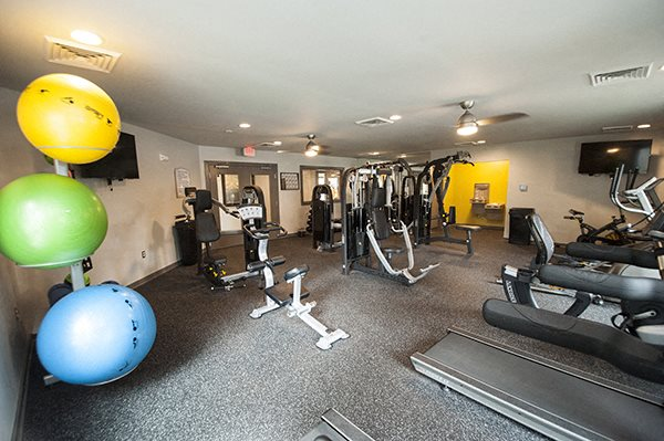 Fitness Center at Sterling Beaufont Apartments