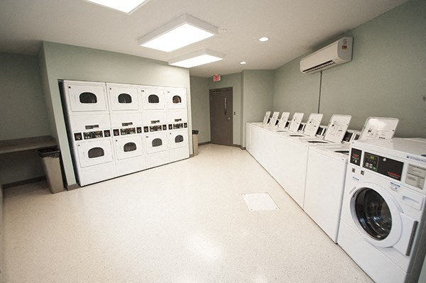 richmond, va, social center, laundry room, sterling beaufont