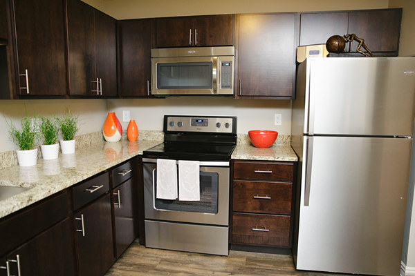 stainless steel appliances at Valley Creek Apartments, Woodbury, MN 55125