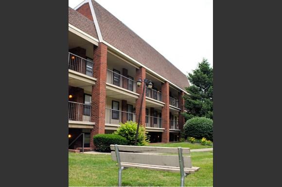 Columbus Court Apartments Application