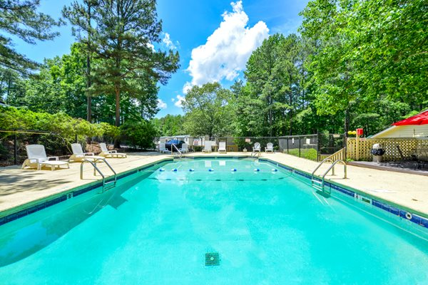 Sparkling Swimming Pool at Lakeside Apartment Townhomes | College Park, GA 30349