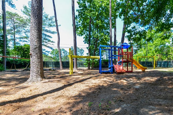 Children's Playground at Lakeside Apartment Townhomes | College Park, GA 30349