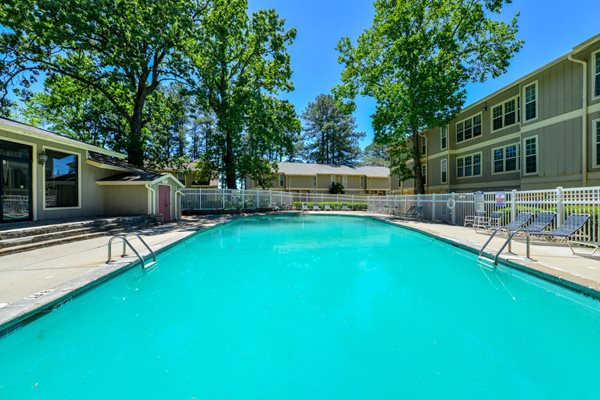 Sparkling Swimming Pool at Linden Ridge Apartment Homes | Stone Mountain, GA 30083