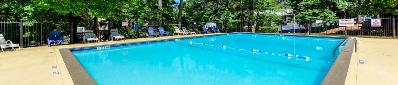 Maplewood Pointe Apartment Homes | Sparkling Swimming Pool | Jonesboro, GA