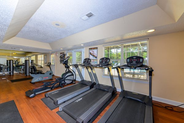 Heart Healthy Fitness Center at Maplewood Pointe Apartments | Jonesboro, GA 30236