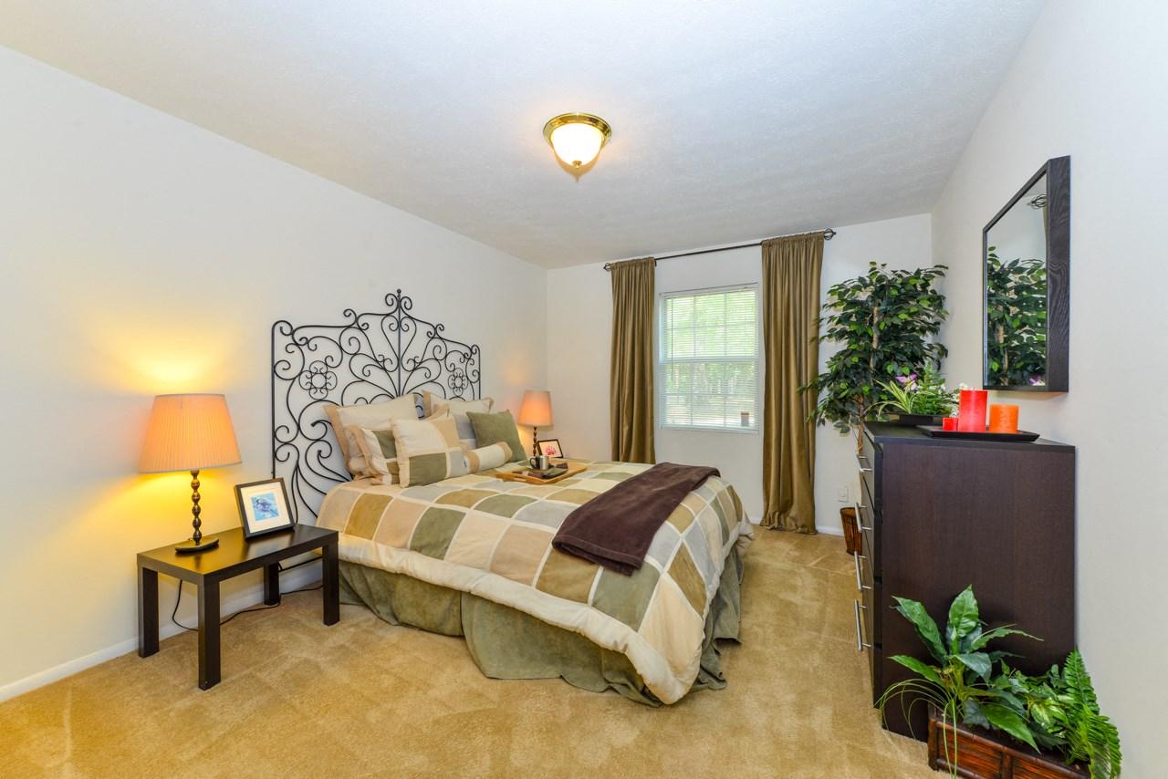 Spacious Bedroom   Affordable price   Oak Run Apartment Homes   Jonesboro, GA 30236