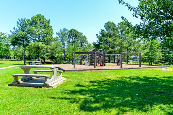 BBQ/Picnic Area at The Village at Wesley Chapel | Decatur, GA 30034