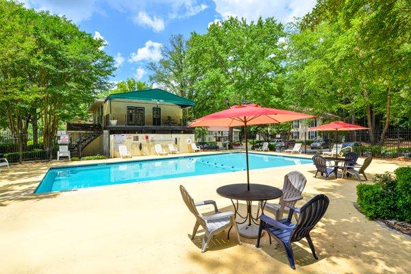 Sun Deck at The Woods at Southlake | Jonesboro, GA 30236