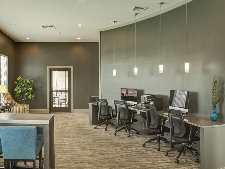 Cyber Lounge at LangTree Lake Norman Apartments