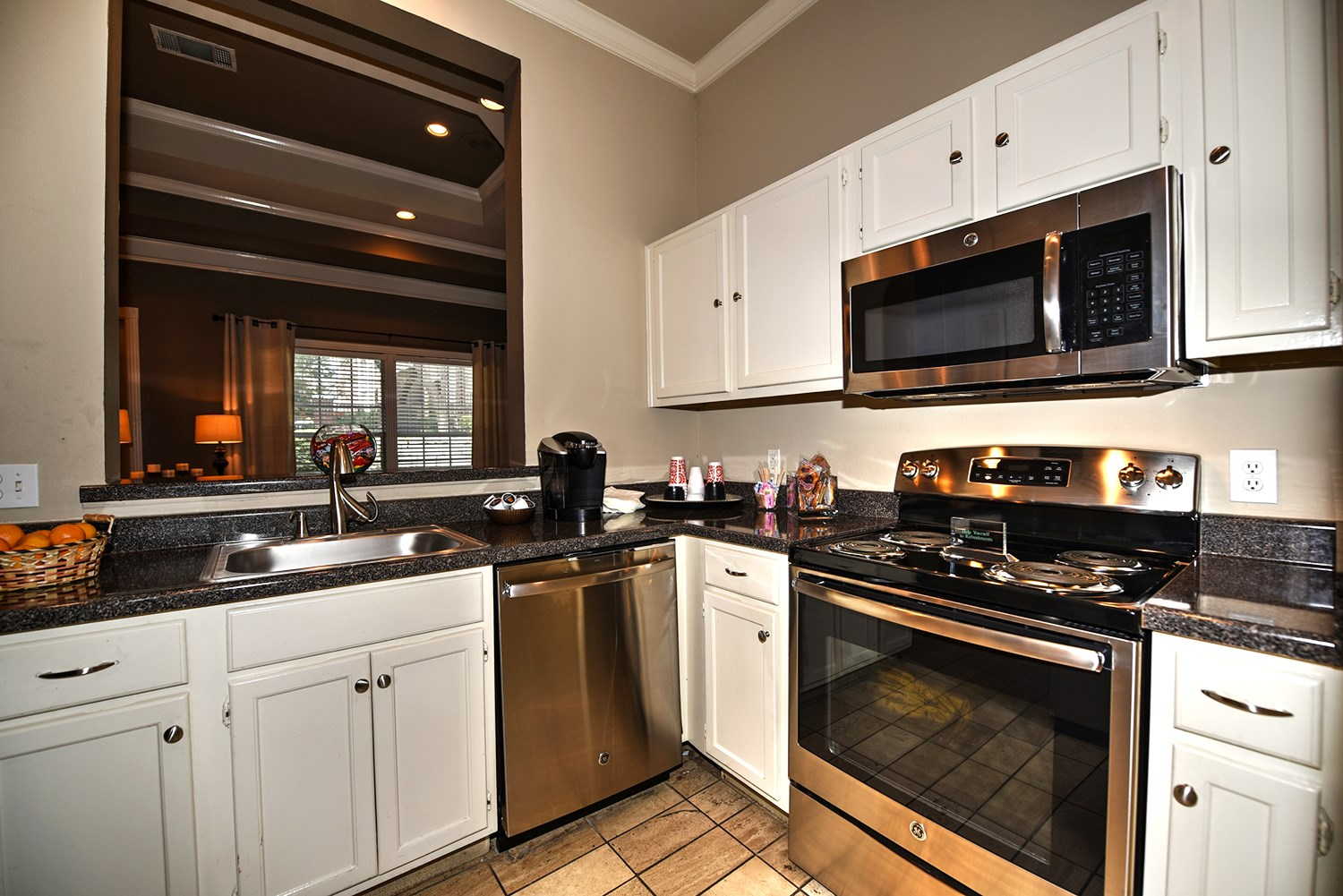 Clubhouse Kitchen at Park at Walkers Ranch Apartments in San Antonio, TX