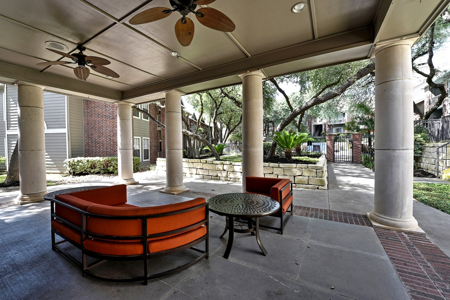 Poolside Lounge at Park at Walkers Ranch Apartments in San Antonio, TX