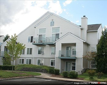 1401 NE Carlaby Way 1-3 Beds Apartment for Rent Photo Gallery 1
