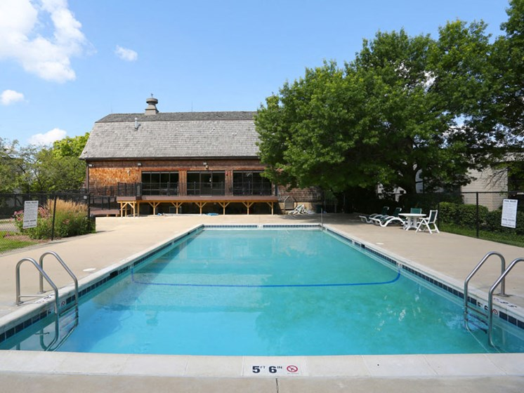 Pool at Prairie Pointe Apartments in St. Charles Illinois