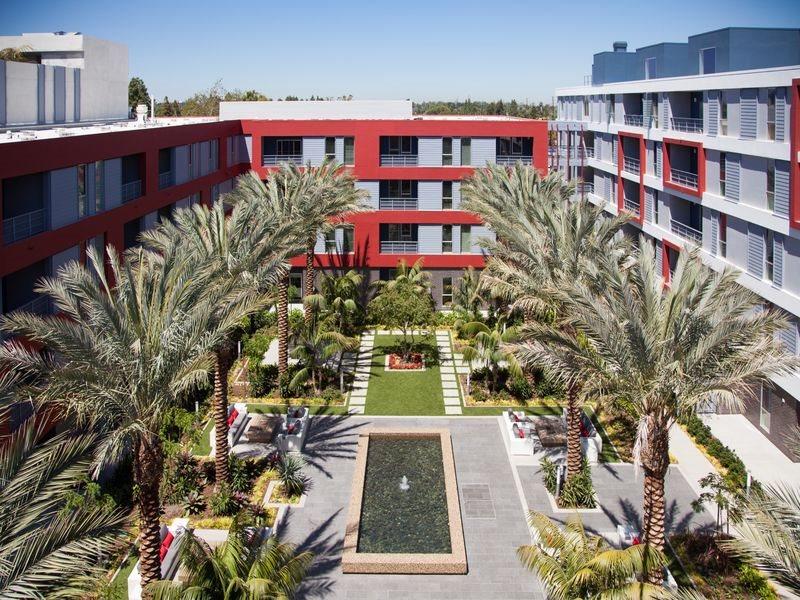 The-Marke-Amenities-Courtyard-Koi-Pond-Santa-Ana