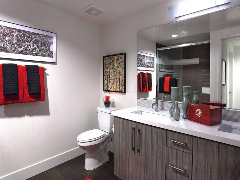 The-Marke-Interiors-Bathroom-M5-Apartments
