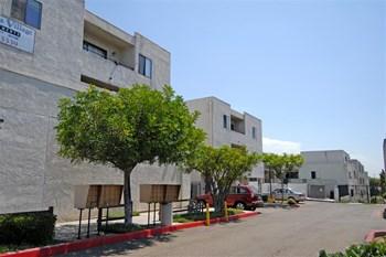 5847 El Cajon Blvd 3 Beds Apartment for Rent Photo Gallery 1