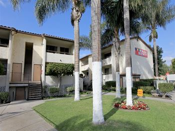 202 W San Ysidro Blvd 1-2 Beds Apartment for Rent Photo Gallery 1