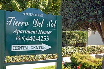 989 Peach Avenue 1-3 Beds Apartment for Rent Photo Gallery 1