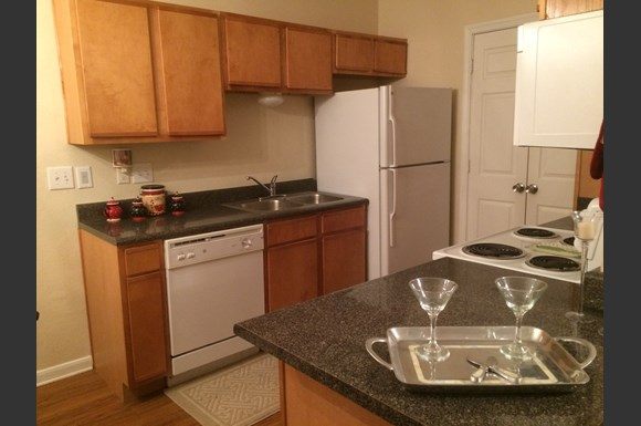 The creeks apartments 15015 creeks road hammond la - 1 bedroom apartments for rent in hammond la ...