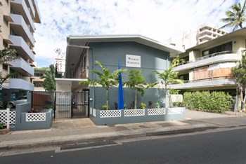 242 Kaiulani Ave Studio Apartment for Rent Photo Gallery 1