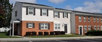 6533 Cedar Furnace Circle 2-3 Beds Townhouse for Rent Photo Gallery 1