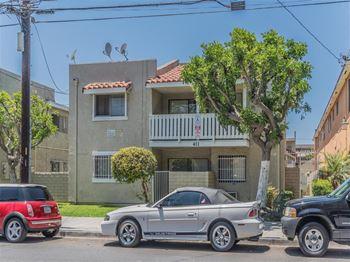 Apartments For Near California State University Long Beach Café