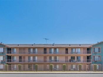 730-740 W. El Segundo Blvd Studio-3 Beds Apartment for Rent Photo Gallery 1