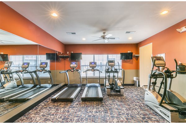 Fitness Center with Updated Equipments at Aventura at Forest Park, Missouri