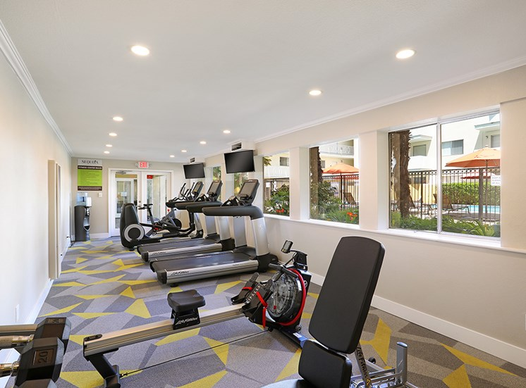 CA_Redwood City_Sequoia Redwood City_New Cardio Machine