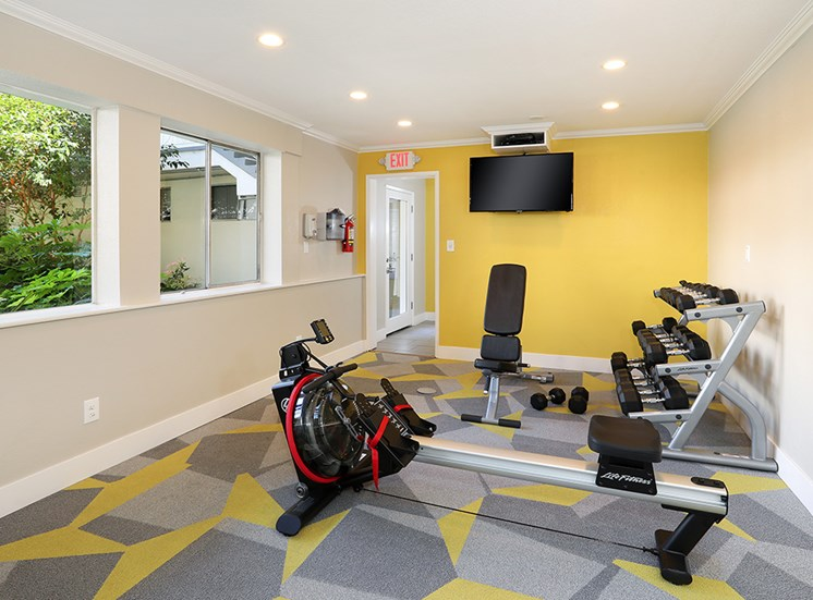 CA_Redwood City_Sequoia Redwood City_New Fitness Center