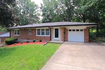 702 Palace Ct 3 Beds House for Rent Photo Gallery 1