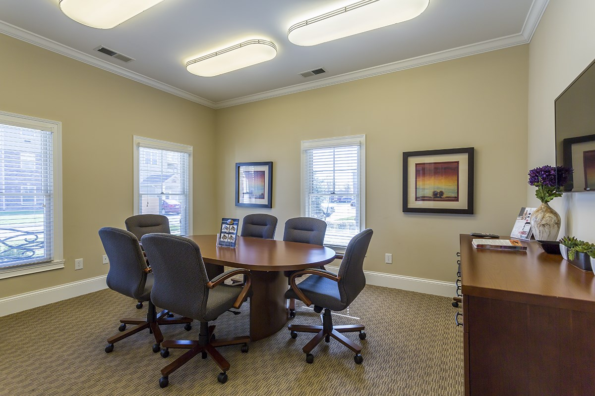Conference Room at Steeplechase at Parkview Apartments in Fort Wayne, IN