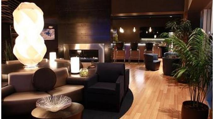 Lounge and Club Room