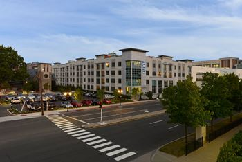 1201 Washington Blvd. 1-2 Beds Apartment for Rent Photo Gallery 1