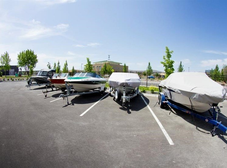 Island View Apartments_Richland WA_Access to Marina