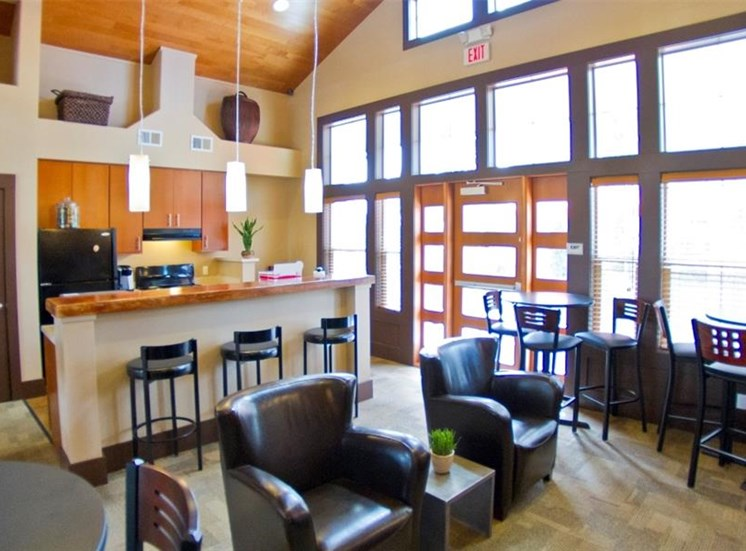 Island View Apartments_Richland WA_Cafe with WiFi Hotspot