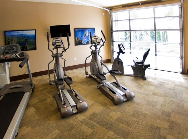 Island View Apartments_Richland WA_Community 24 Hours Fitness Center