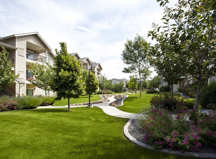 Island View Apartments_Richland WA_Landscape