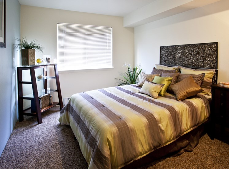 WA_SpokaneValley_WhimsicalPig_Light Filled Bedrooms