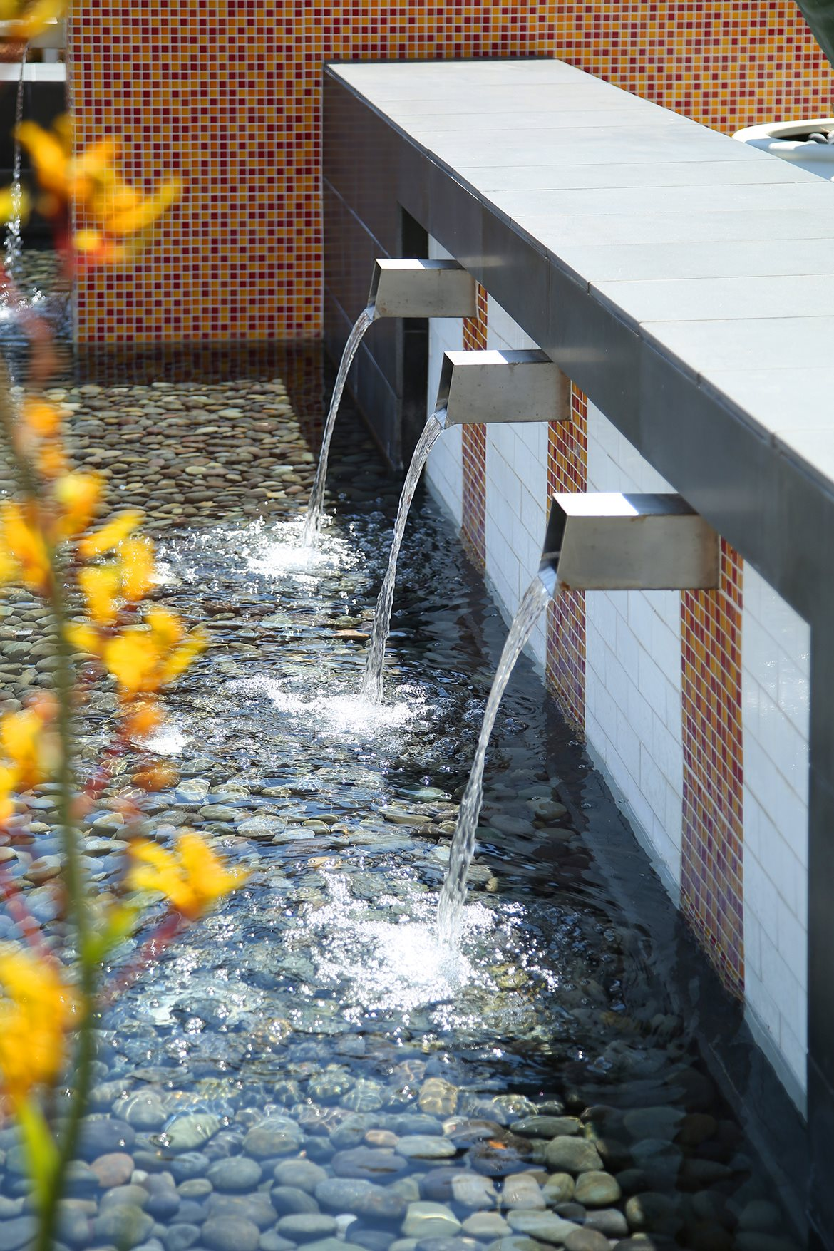Mosaic Apartments_Oxnard CA_Water Feature