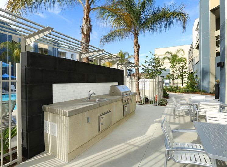 Mosaic Apartments_Oxnard CA_BBQ